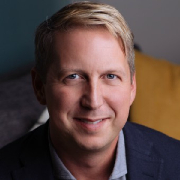 Episode 20: Bobby Gruenewald - Going Online Best Practices from Pastor of Innovation at LifeChurch.tv
